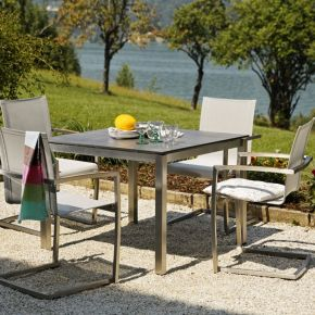 Diamond Garden Venedig Swingstuhl Edelstahl Silber/Weiß Gartenmöbelset mit Tisch San Marino 98 x 98 cm Beton dunkel