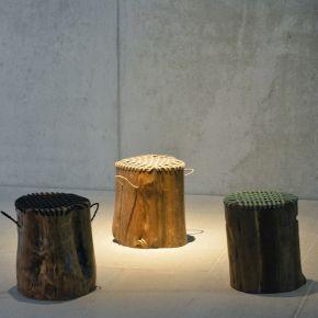 Jan Kurtz Hocker CONO, Gestell: Teak, Sitzfläche: Polypropylenseil schwarz, ca. Ø30 cm