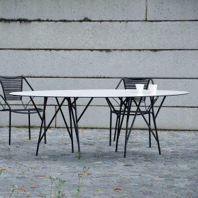 Jan Kurtz Tisch ASTWERK, 180x100cm, Stahlrohr pulverbeschichtet schwarz, Platte: HPL 10 mm, weiß, Niveauausgleich