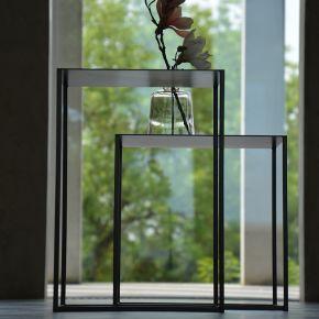 Jan Kurtz Beistelltisch PUR, 50 x 50 cm, 35 cm hoch, Stahlrohr pulverbeschichtet schwarz