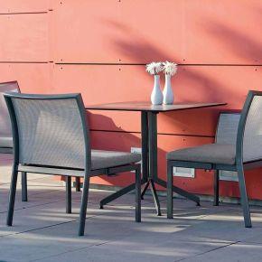 Stern Set GIANNI Modulbank anthrazit mit Bezug silber, inkl. Sitzkissen grau und Tisch mit Alu-Gestell (klappbar) und Silverstar 2.0 Dekor Smoky