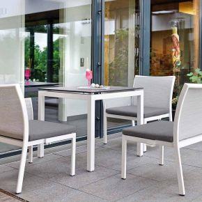 Stern Set GIANNI Modulbank weiß mit Bezug silber, inkl. Sitzkissen grau und Tisch mit Alu-Gestell und Silverstar 2.0 Dekor Zement