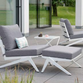 STERN Set JACKIE bestehend aus Sessel, Hocker und Beistelltisch Aluminium weiß mit Kissen seidengrau